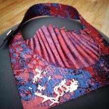 Colar Quadrado em Tecido com aplique em Prata e fecho em Abotoadura - Fernanda Yamamoto